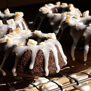 Gingerbread Cakelets with lemon drizzle