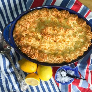 Delicious low calorie Fish Pie - 300 kcal per portion, ideal for 5:2