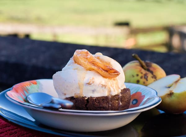 Rich and delicious Homemade Caramel Apple Ice Cream Recipe #caramel #apple #icecream #recipe