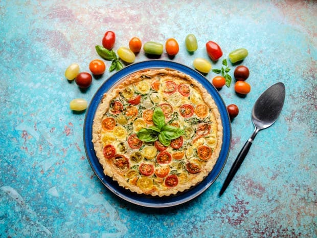 Tomato & Bacon Tart with tomatoes